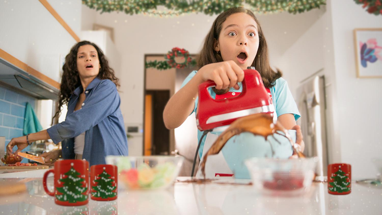 navidad, manchas de grasa, deja, lavado perfecto, cocina, mama, hija, chocolate, manchas